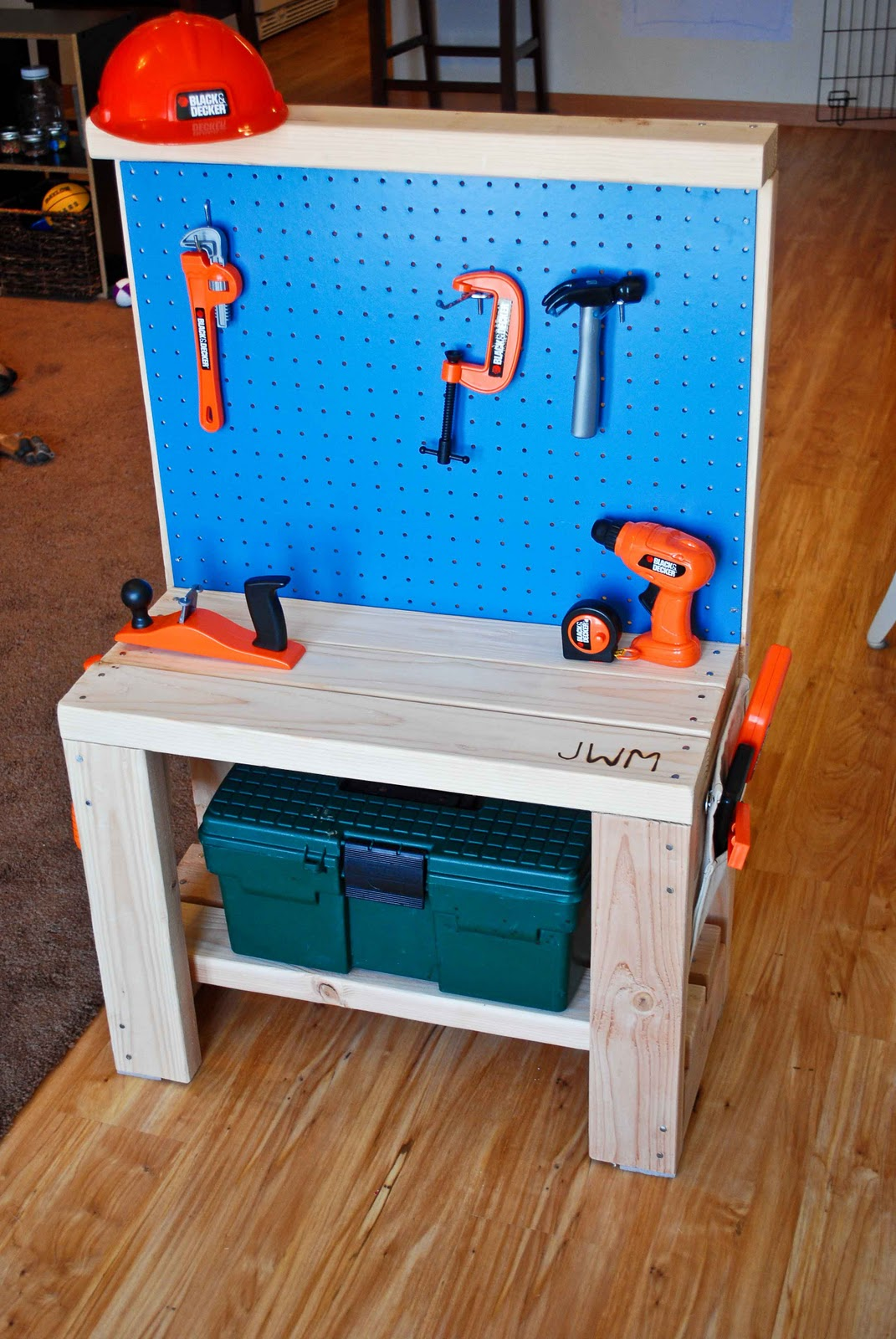 Build Childs Work Bench Plans Diy Pdf Bench Seat Storage